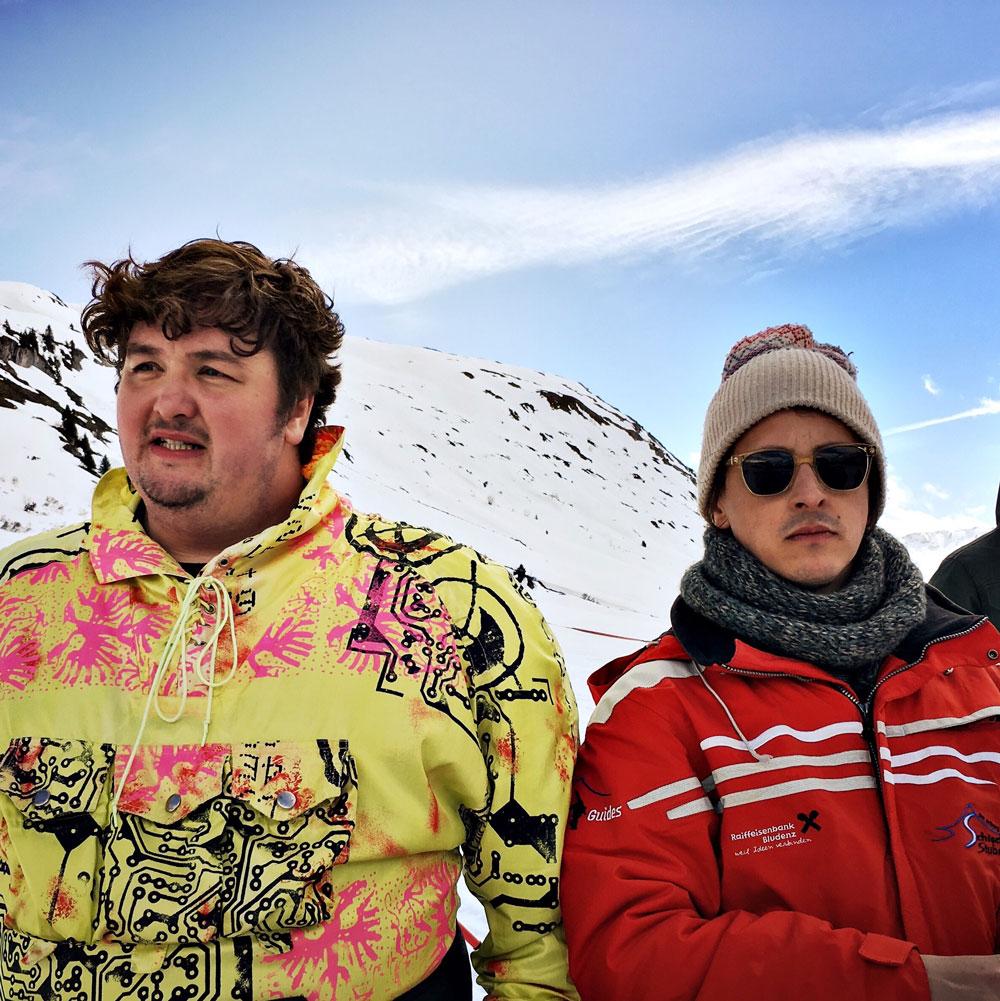 daniel-zillmann-caspar-kaeser-philipp-fussenegger-die-schilehrer-fffyeah-funfairfilms-arlberg